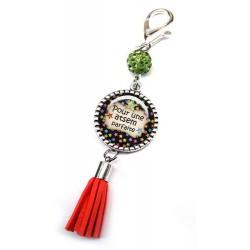Bijoux de sac, porte clés, pompon, bijoux cabochon, big bisous atsem