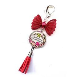 Bijoux de sac, porte clés, pompon, bijoux cabochon, ma super maîtresse