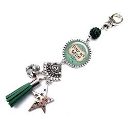 Bijoux de sac, porte clés, pompon, bijoux cabochon, une  tatie exceptionnelle