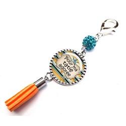 Bijoux de sac, porte clés, pompon, bijoux cabochon, joyeux anniversaire tatie