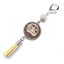 Bijoux de sac, porte clés, pompon, bijoux cabochon, pour une super marraine